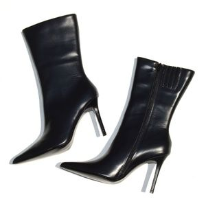 Colin Stuart Black Leather Pointed Toe Boot Size 8